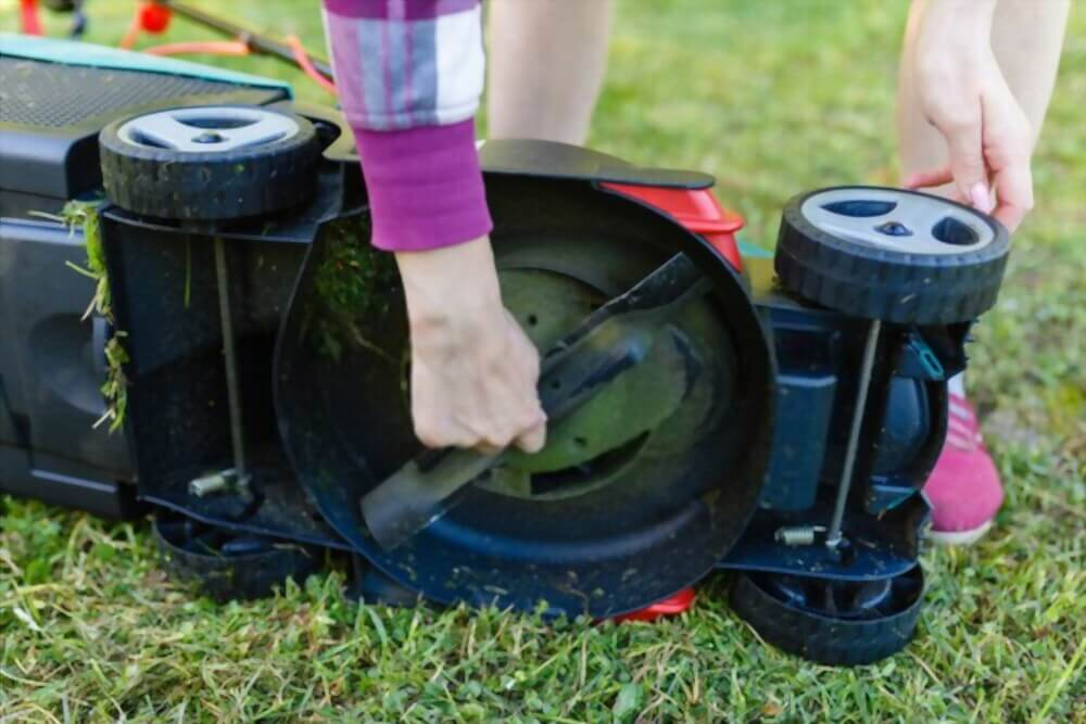 How to Store a Lawn Mower Properly