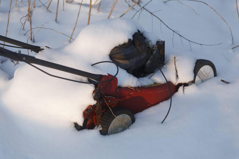 leaving lawn mower outside in winter