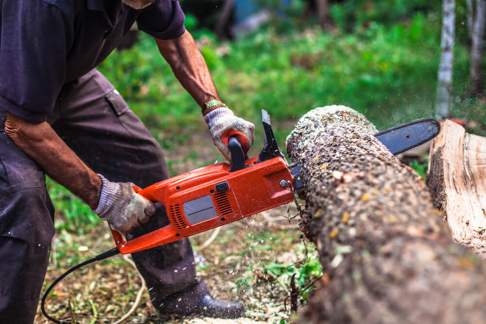 Do Electric Chainsaws Overheat