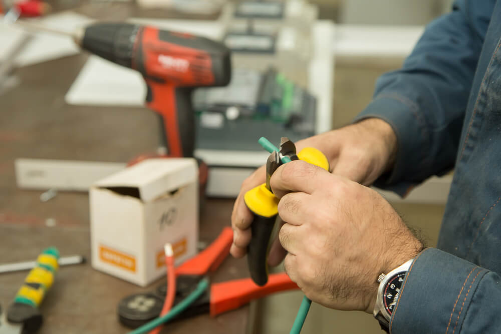 What to do before you bring a tool to repair